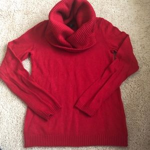 Gap cowl neck sweater red size M